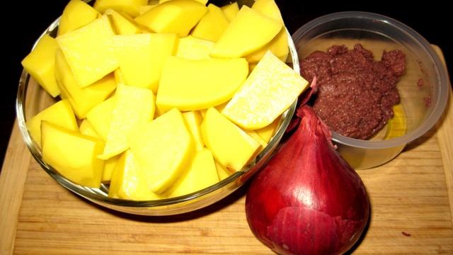 Картофена салата - продуктите