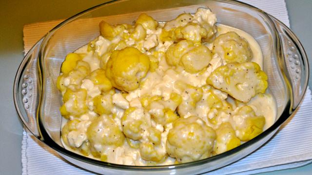 къри карфиол със сос бешамел-сирене