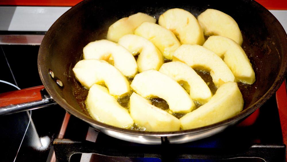 ябълки за свинско