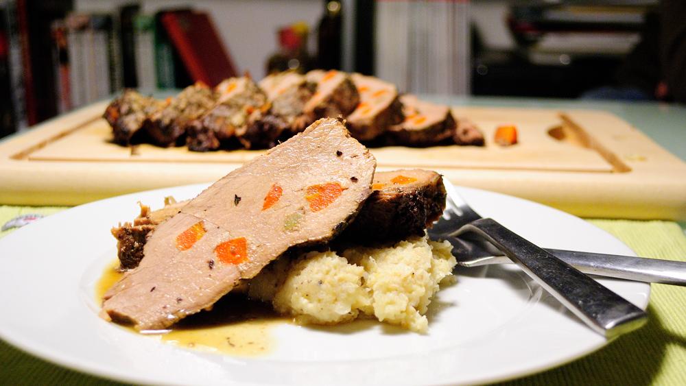 шпиковано свинско в Crock-Pot
